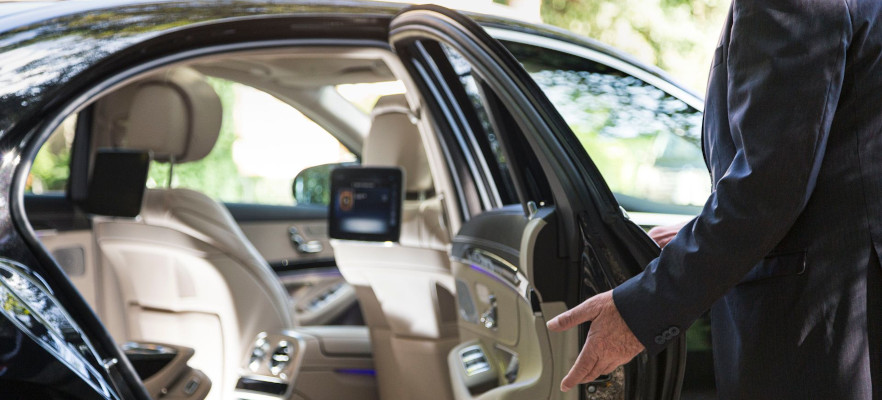 Chauffeur-driven limo hire